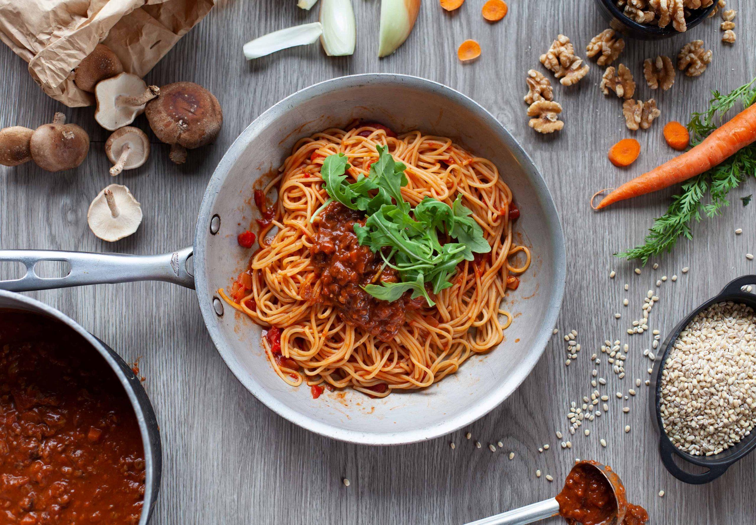 Pacini restaurant italien - Spaghetti tomates rôties, noix et shiitakés